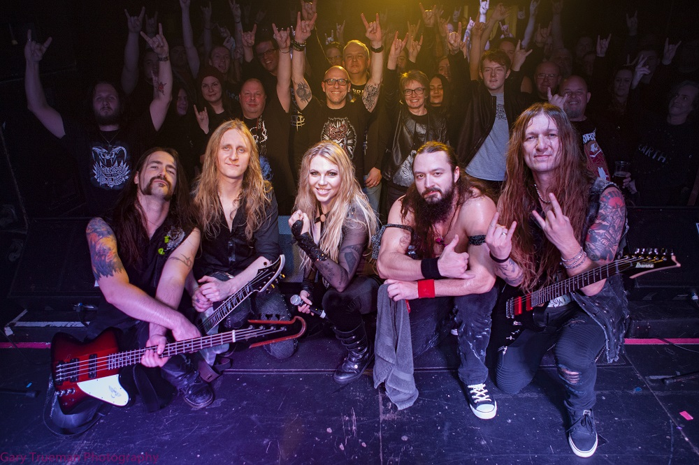 Live Review: Kobra And The Lotus / Brutai