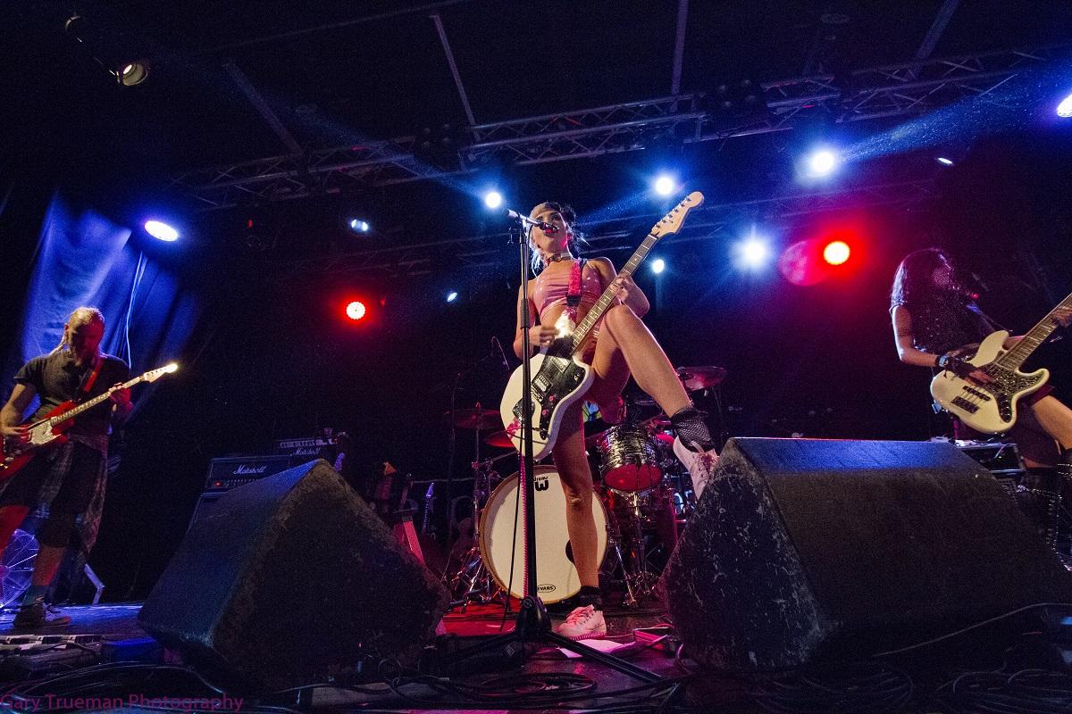 Live Review: Ferocious Dog/Hands Off Gretel