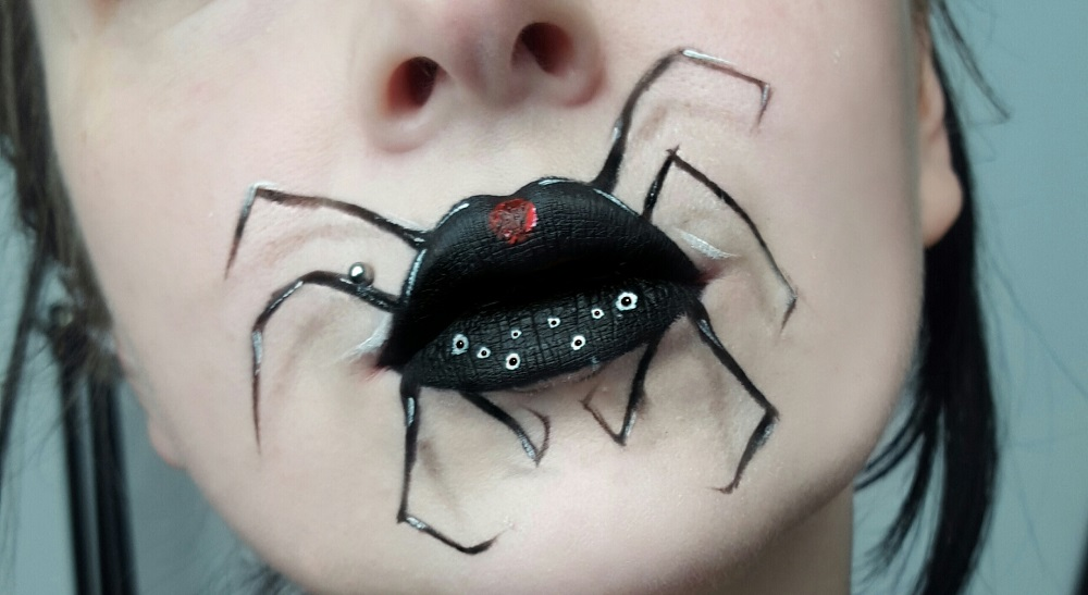 Fashion & Beauty: 31 Days of Halloween – Day 2, Spider Mouth