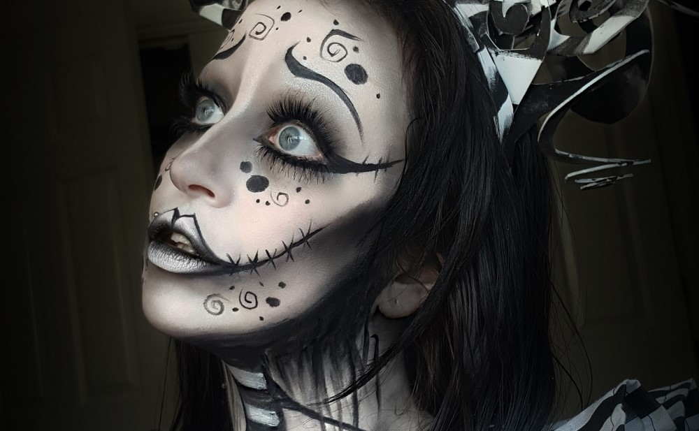 Fashion & Beauty: 31 Days of Halloween – Day 31, Tim Burton