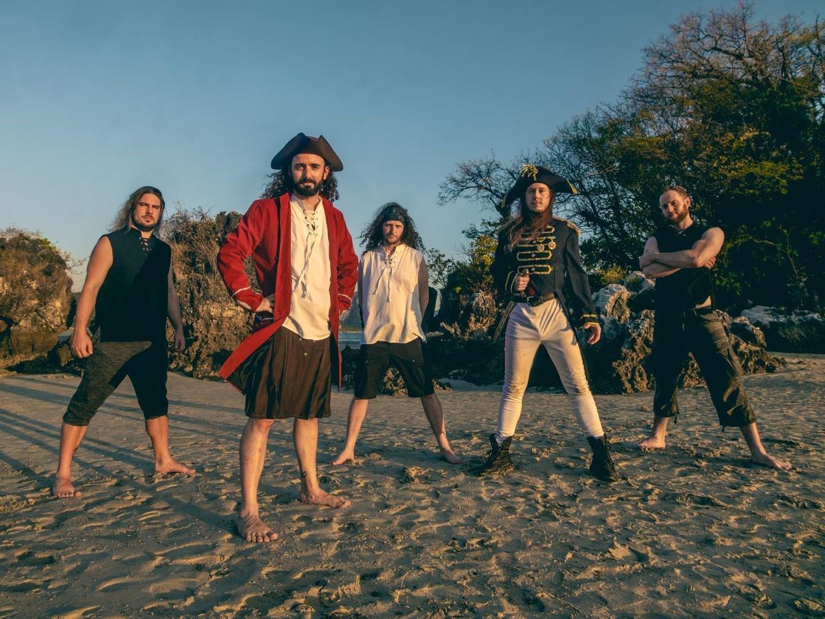 "News: ALESTORM Release New Single & Official Video  ""Treasure Chest Party Quest"""