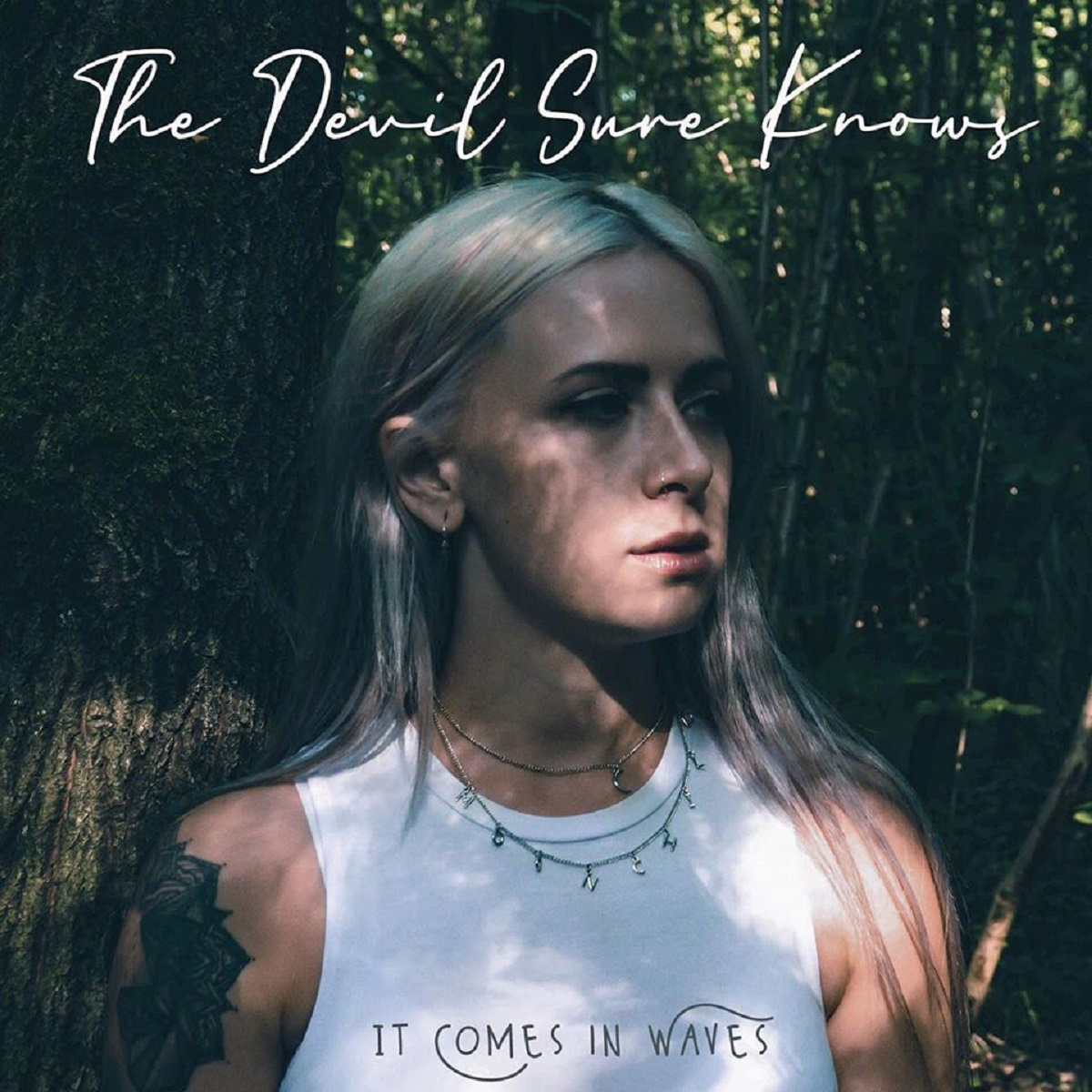 Review: It Comes In Waves – The Devil Sure Knows